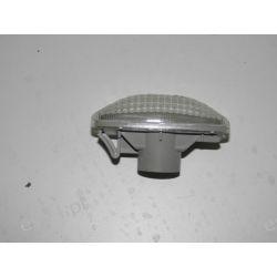 Lampka boczna kierunkowskazów lewa/prawa strona OE.26160-AU300 Nissan Primera Motoryzacja