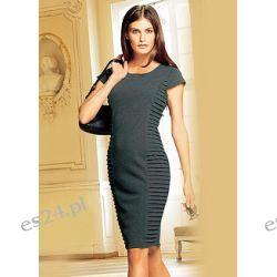 Sukienka bardzo kobieca