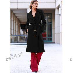 Płaszcz Elegancki płaszcz z wykładanym kołnierzem.