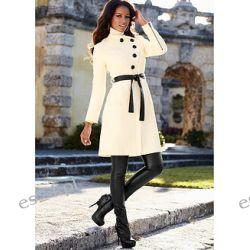 Płaszcz Kobieca elegancja! Płaszcz z zaokrągloną listwą guzikową