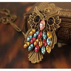 Retro Halskette mit Eule -Anhänger Bronze (3091-A) - lange Retro Halskette Kette im Retro-Stil mit strengem Blick Deco Eule-Anhänger in Bronze mit bunten Brillanten bedeckt und scharfen Blick
