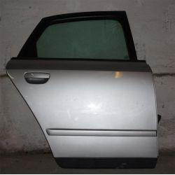 AUDI A4 2003r USA DRZWI TYLNE PRAWE