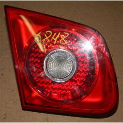 VW JETTA SEDAN 2006 USA LAMPA TYLNA PRAWA
