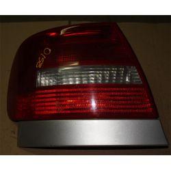 AUDI A4 2001 USA LAMPA TYLNA LEWA