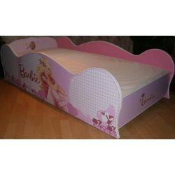 Łóżko parterowe dla dziewczynek z materacem