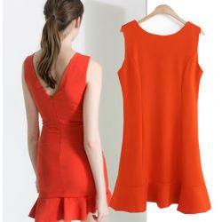 555-L Klasyczna Sukienka MINI Czerwień Sukienki L