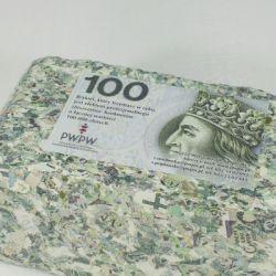 Brykiet z pieniędzy 200 zł