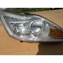 Ford Focus prawa lampa LIFT