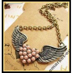 Oryginalny naszyjnik wisiorek skrzydła z perełkami