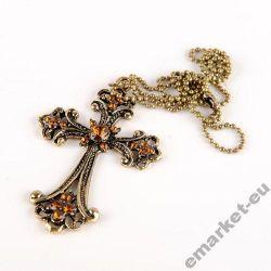 naszyjnik wisiorek krzyż krzyżyk z krzyżykiem