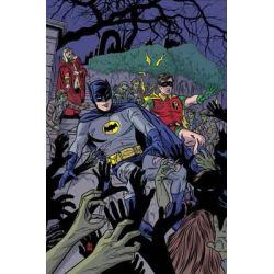 Batman 66, Vol 4 by Richard Case, 9781401257514.