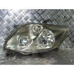 Toyota AURIS lewa lampa reflektor ORYGINAL