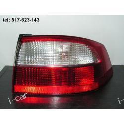 Renault LAGUNA II prawa lampa tył