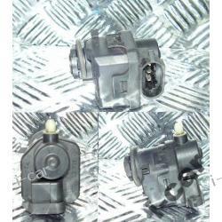 Nissan ALMERA N16 silniczek regulacji lampy - FV