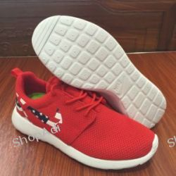 Buty NIKE ROSHE RUN USA