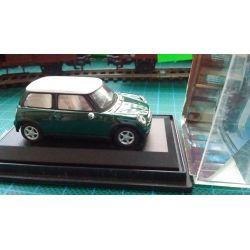 Mini Cooper (zielony)1/87, Schuco