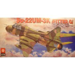 132 Su-22UM-3K, ZTS PLASTYK Skarpetki