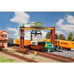 Suwnica kontenerowa, FALLER 131368  Wagony
