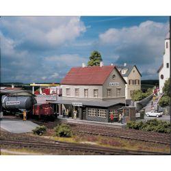 Stacja kolejowa Burgstein, Piko 61820 Budownictwo