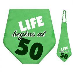 """Krawat Life begins at 50, 59cm, Urodziny."