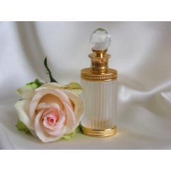 WYRAFINOWANIE I .... Buteleczka na perfumy. złota