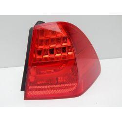 BMW E91 PRAWA LAMPA TYŁ LED Lampy przednie