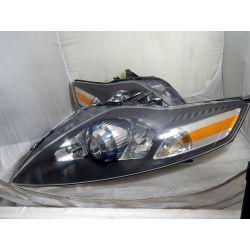 FORD MONDEO MK4 PRAWA LAMPA BI-XENON Lampy przednie
