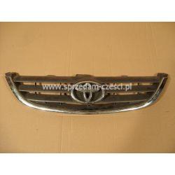 Atrapa Toyota Avensis 2000-2002...