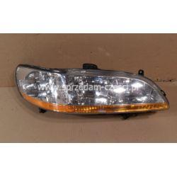 Reflektor prawy Honda Accord USA 2000-...