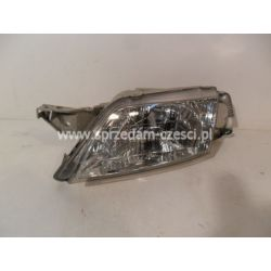 Reflektor lewy Mazda Premacy 1999-2001...