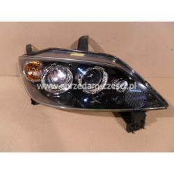 Reflektor prawy Mazda 2 2003-2007...