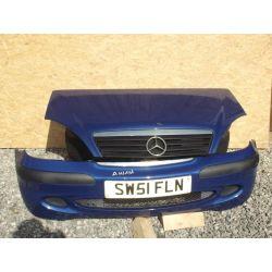 Mercedes A-klasa maska granatowa niebieska ładna