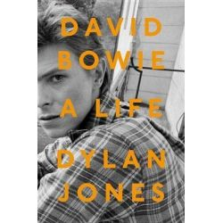 David Bowie, A Life by Dylan Jones, 9780451497833. Country
