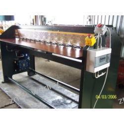 Falowarka - maszyna do usztywniania blach