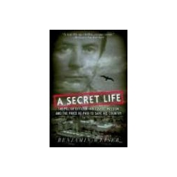 Secret Life The Polish Officer His Covert Mission and the Price He Paid to Save His Country kukliński ryszard  Marynarka Wojenna
