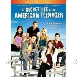 The Secret Life Of The American Teenager Season Three Mundury, odznaki i odznaczenia