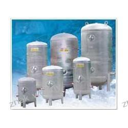 ZBIORNIK hydroforowy OCYNKOWANY PIONOWY  100L bez wyposażenia
