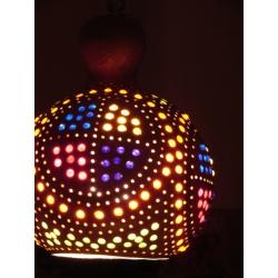Naturalna Lampa z tykwy kolorowo ozdobiona wykonana recznie
