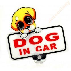 EMBLEMAT NAKLEJKA RUSZAJĄCA SIE DOG IN CAR